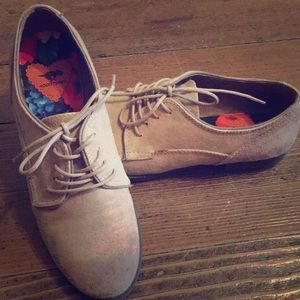 Vintage Worn Lace-Up Flats for SALE!!